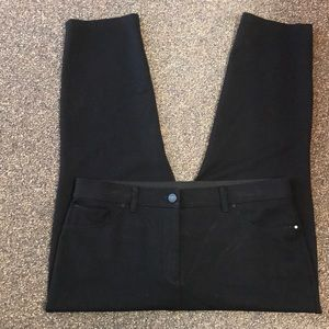 So Slimming by Chico's Black Crops